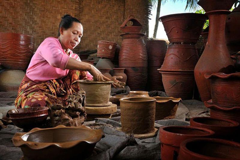 Cultural classes and excursions at Tropik Lombok